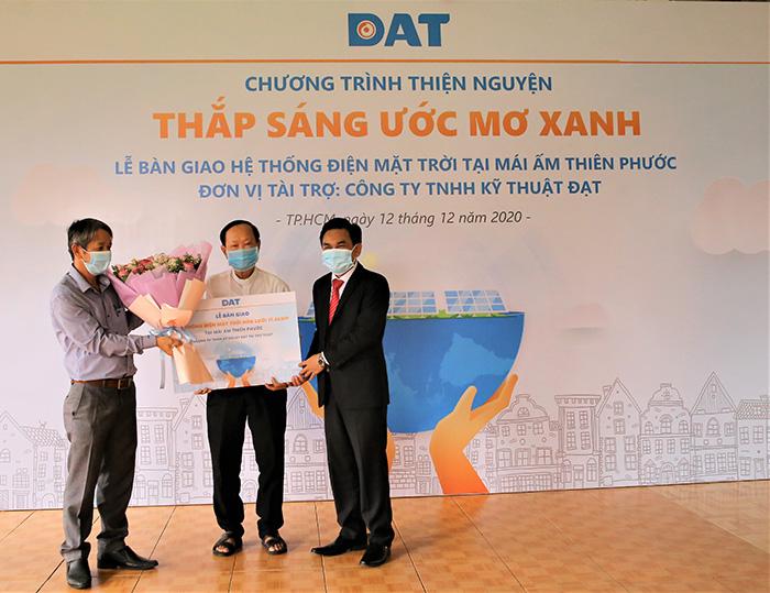 dat-mang-den-nguon-nang-luong-sach-thap-sang-uoc-mo-xanh-tai-mai-am-thien-phuoc-h3